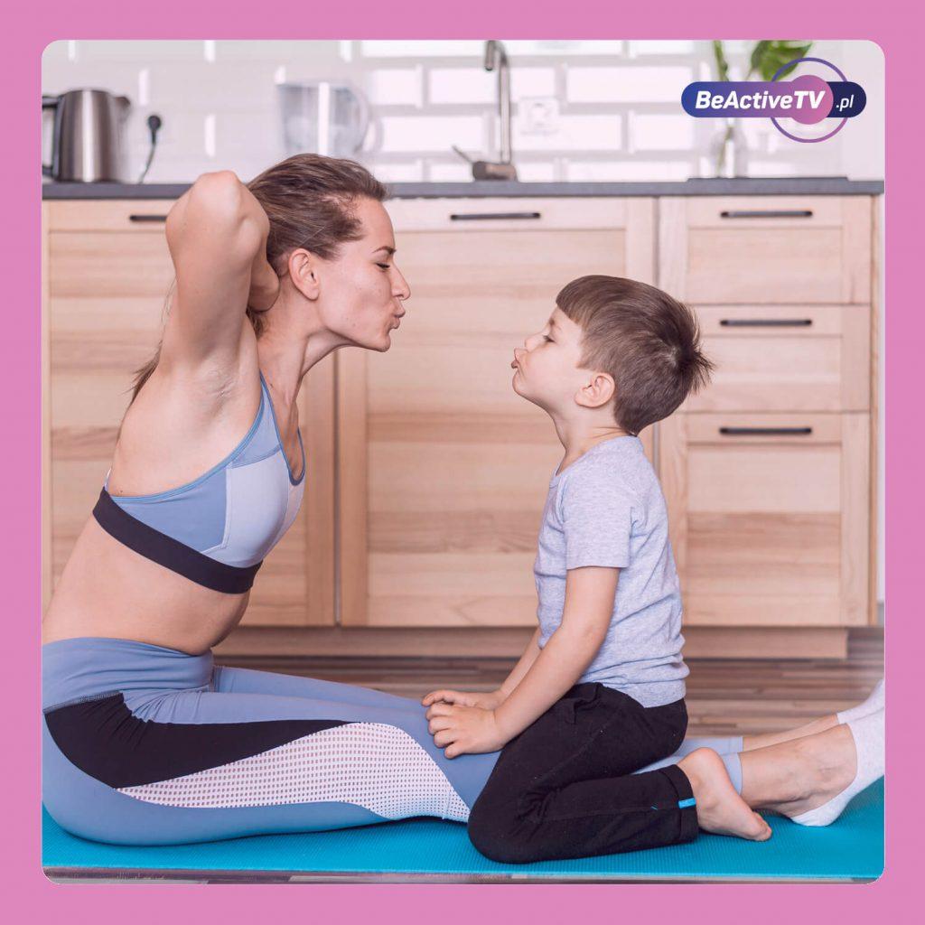 Trening po porodzie na brzuch