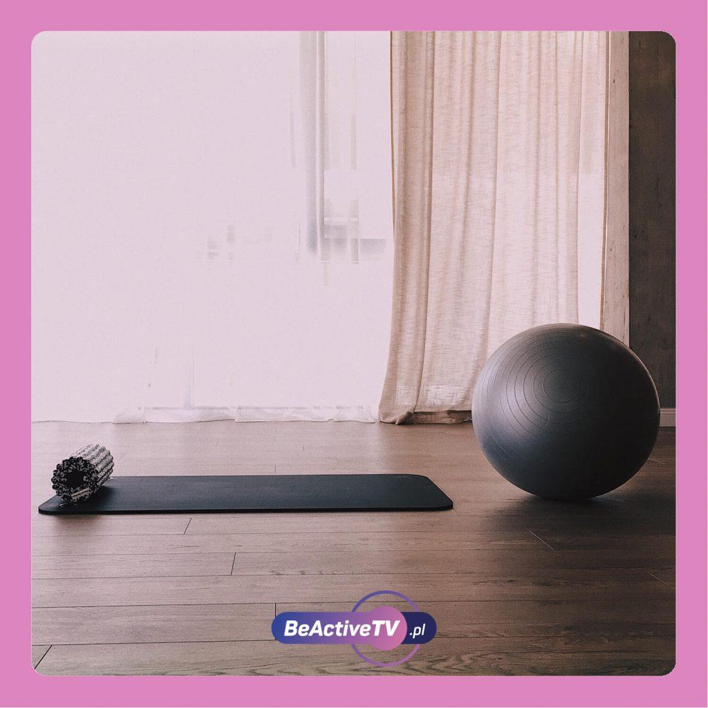 Wybierz najlepsze akcesoria do stretchingu