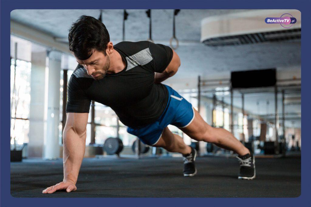 Fitness trening na masę dla faceta