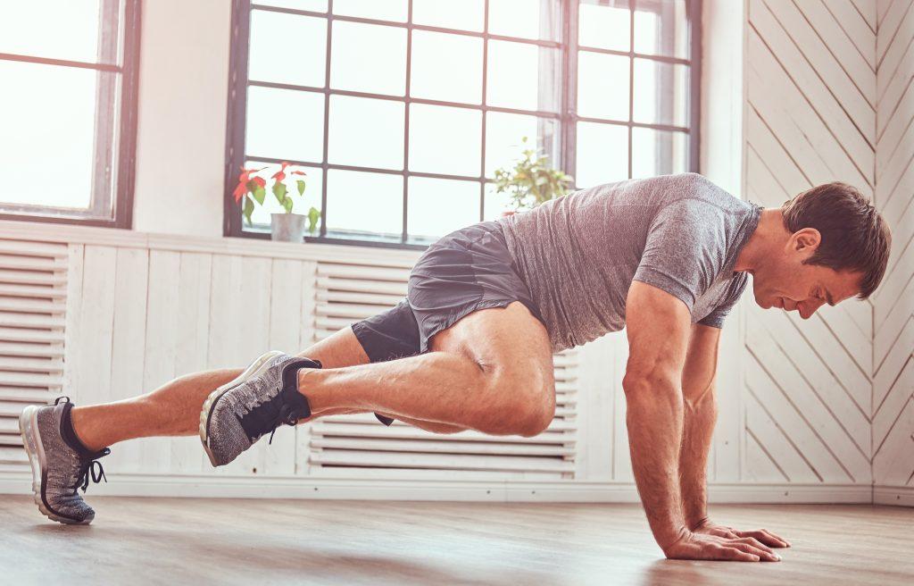 Dlaczego faceci powinni trenować fitness?
